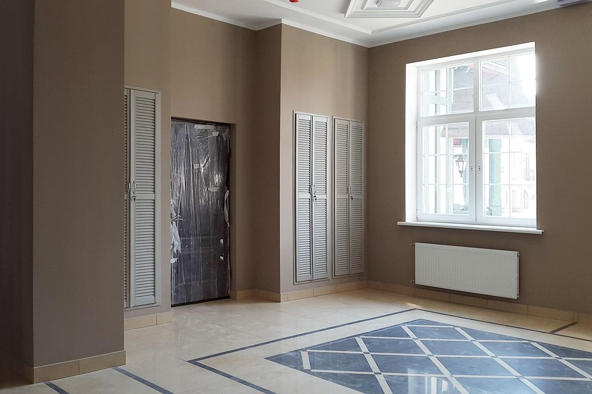 Лестничная клетка в доме 800, КП Довиль