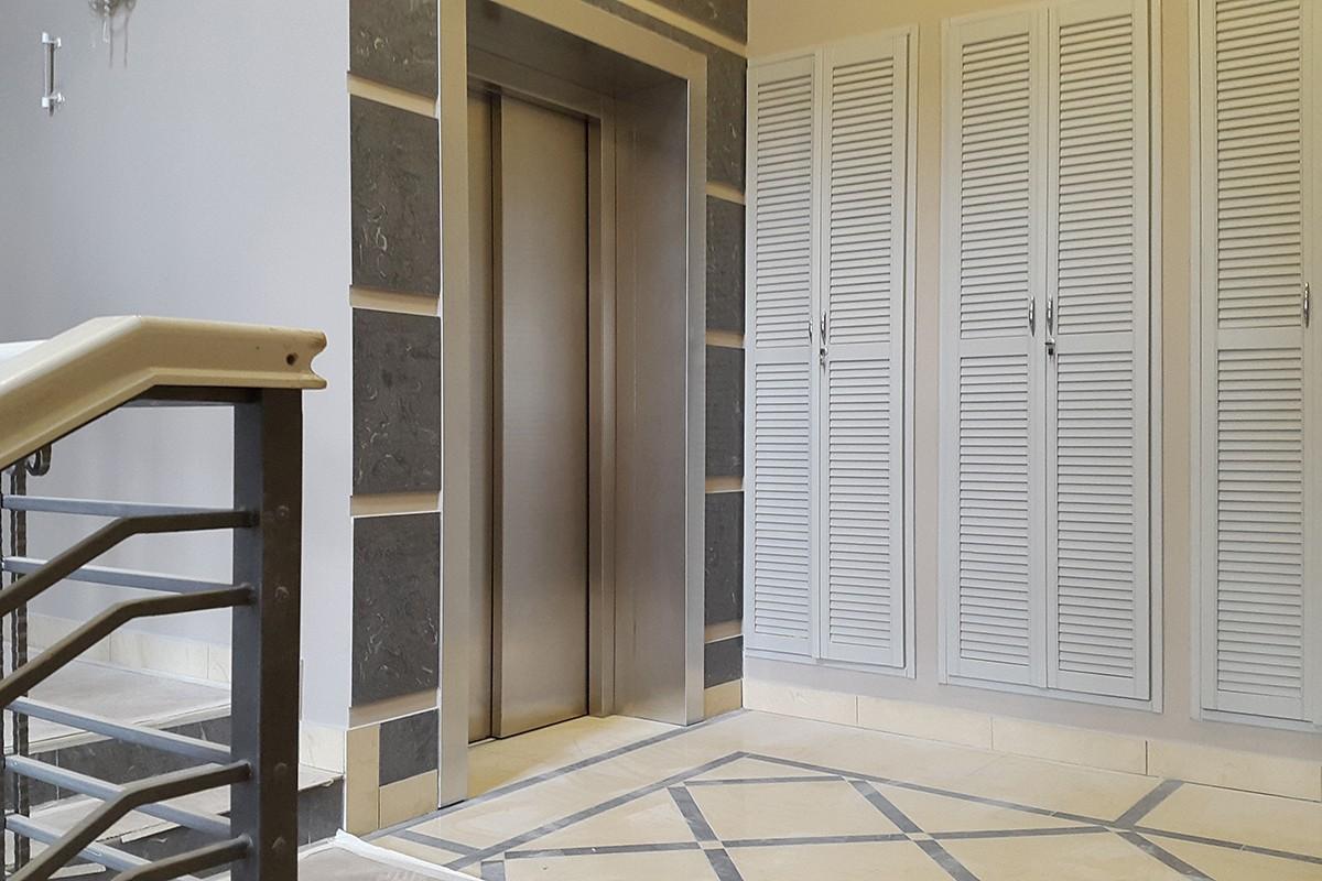 Лифтовой холл в малоквартирном доме 800, поселок Довиль