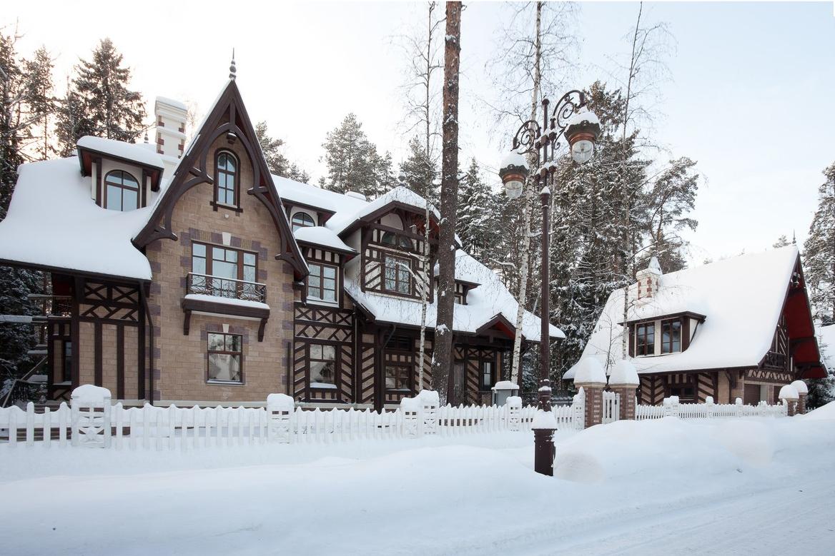 Дом Дансон зимой, КП Довиль