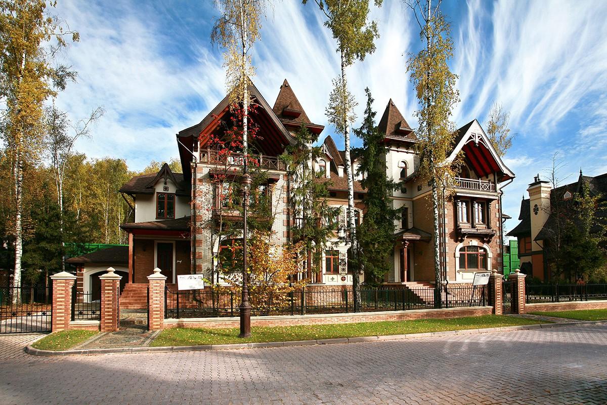 Дуплекс 442 Кастелик в поселке Довиль на Минском шоссе