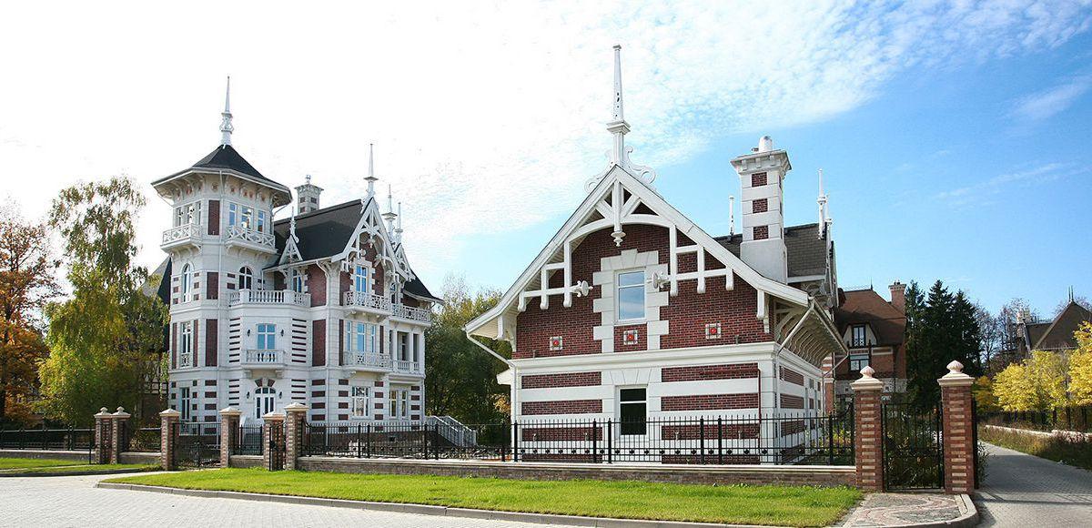 Дом со шпилями в КП Довиль