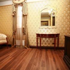 Спальня в классическом стиле, таунхаус 526, Довиль
