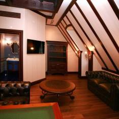 Кабинет на мансардном этаже, таунхаус 526, поселок Довиль