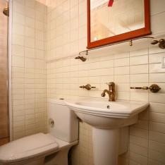 Cанузел спальни №1 дома 115 на 1-м этаже