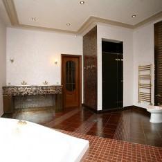 Ванная комната хозяйской спальни в доме Бремен, КП Довиль