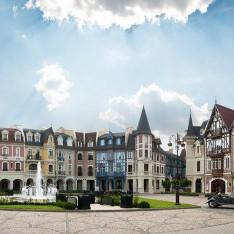 Панорама главной площади в КП Довиль
