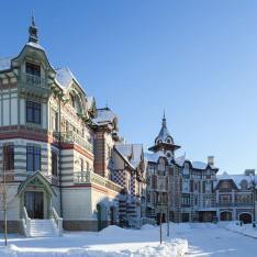 Таунхаусы зимой в КП Довиль